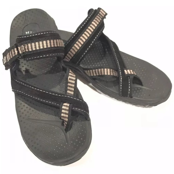 c838e5682 Skechers Outdoor Lifestyles Black Flip Flop. M 5bf2dd11409c1584272ec427